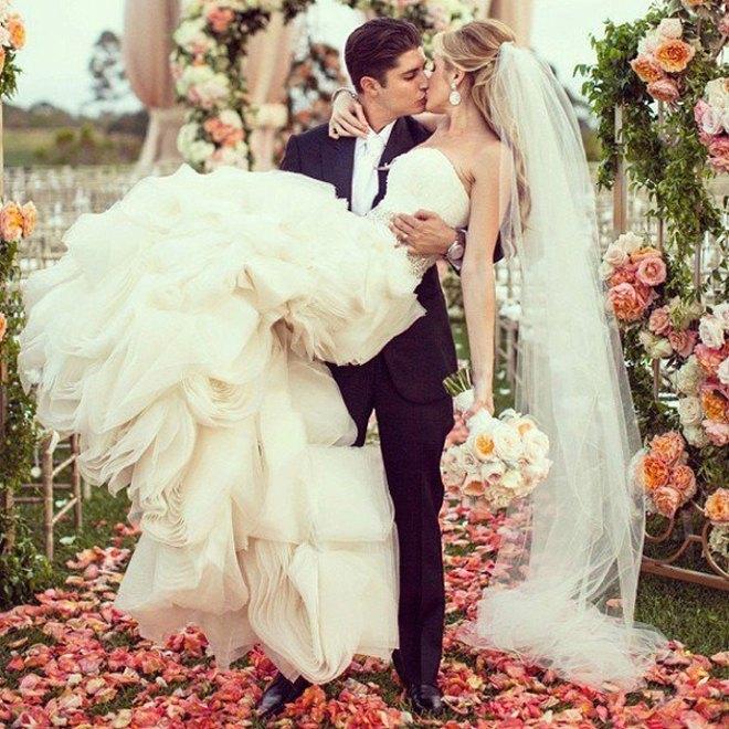 wedding ceremony flowers decorations 27 - Protocolo para Invitad@s