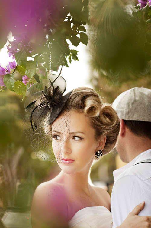 peinados vintage para novias victory rolls