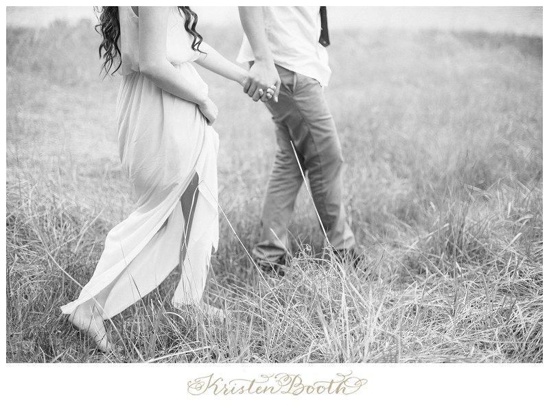 Twilight-Engagement-Photos-at-the-lake-20