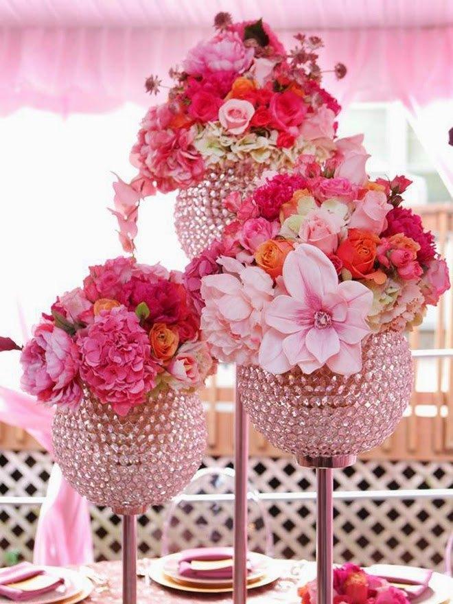 centros de mesa con flores y vasos - Ideas para Centros de Mesa