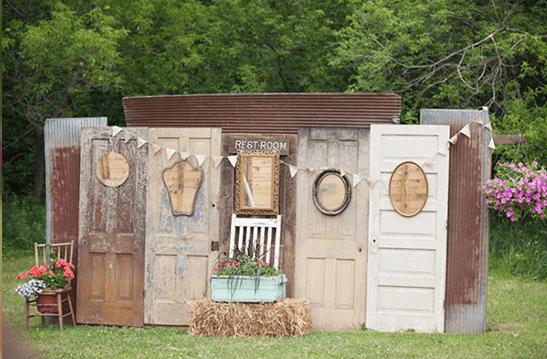 fondos para photocall de bodas originales muchas puertas