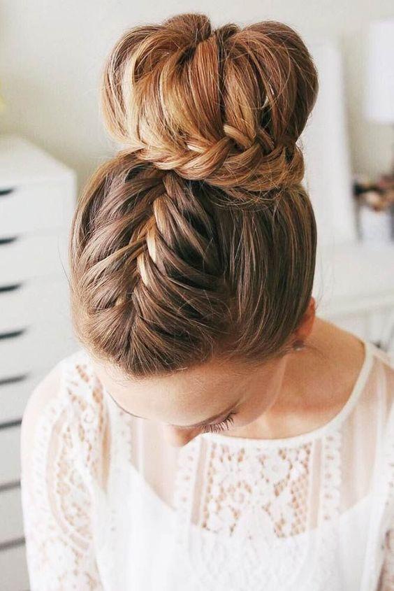 recogidos altos para bodas 2 - Peinados y Recogidos para Bodas: Tipos de Recogidos