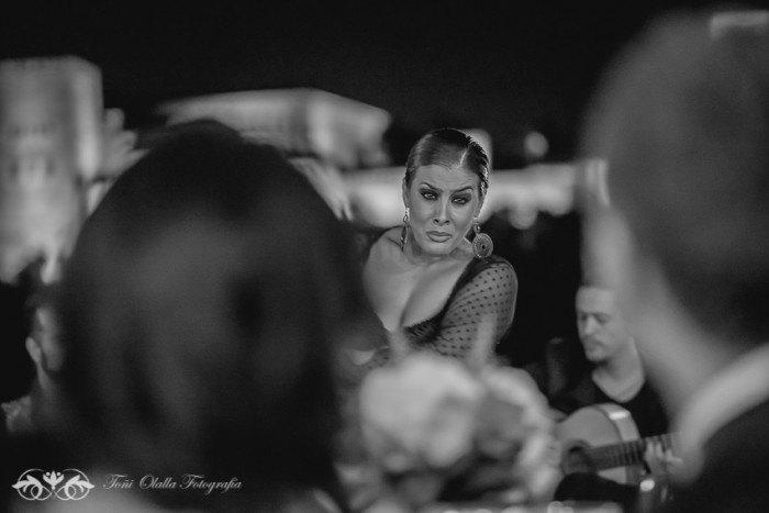 Boda en Granada multicultural y exotica bailadora