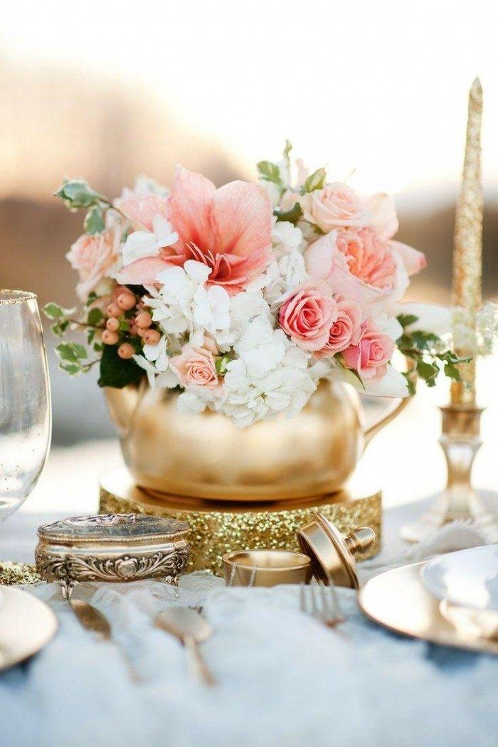 decorar tu boda con porcelana tetera dorada