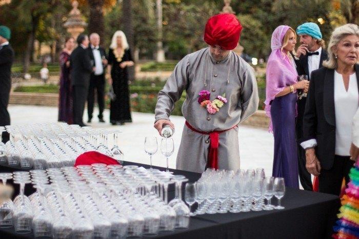 Catering Hindu Abades camarero