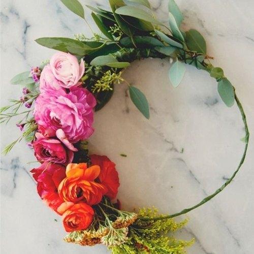 corona de flores damas de honor - Como Hacer una Corona de Flores DIY