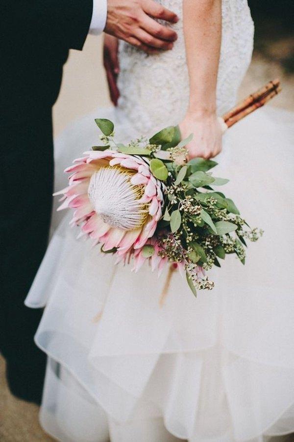 ramo de novia con protea grande