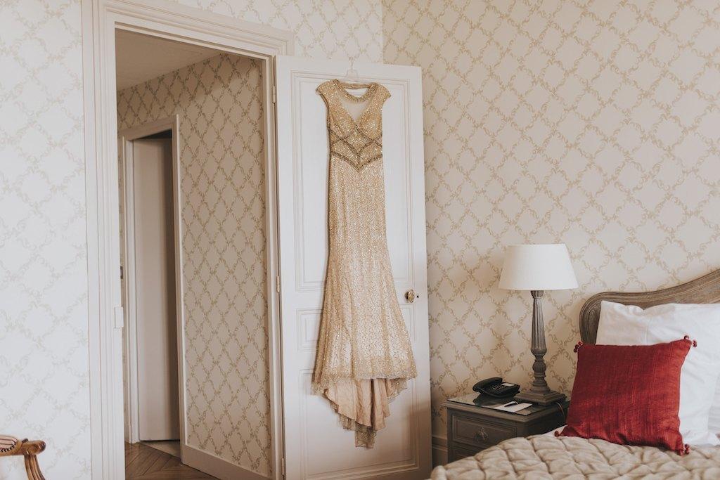 bride with a golden wedding dress 01018 SCM4163 - Maggy, La Novia con el Vestido Dorado