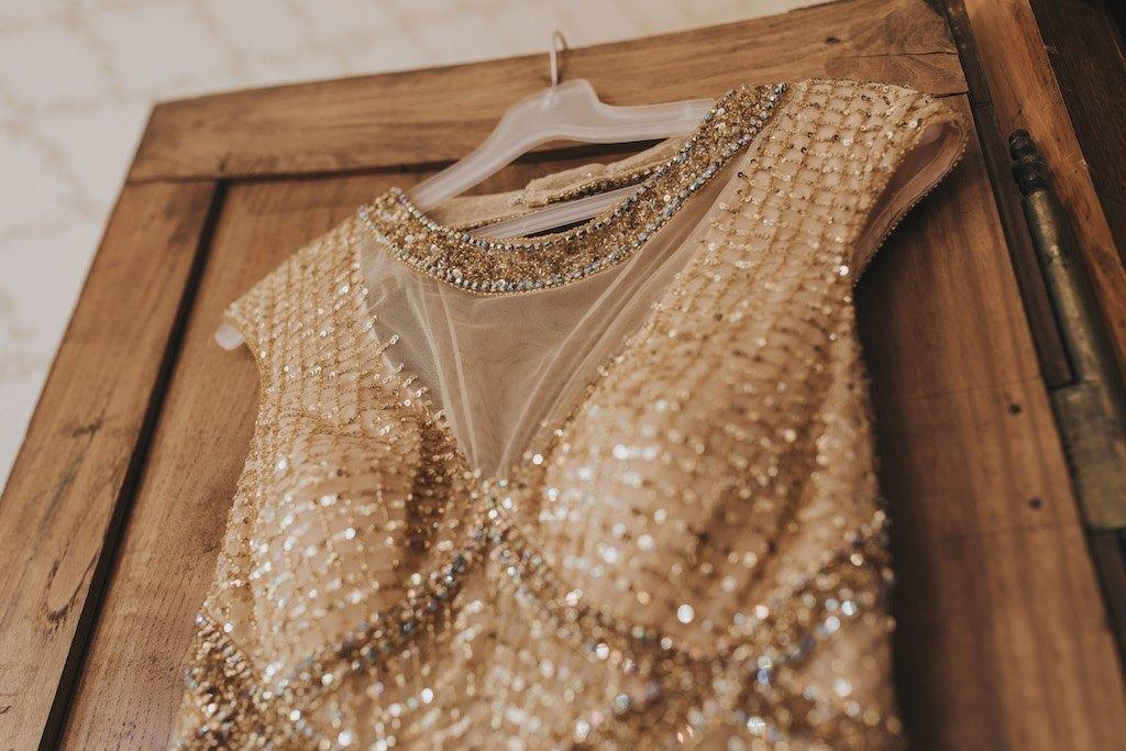 bride with a golden wedding dress 01126 SCM4525 - Maggy, La Novia con el Vestido Dorado