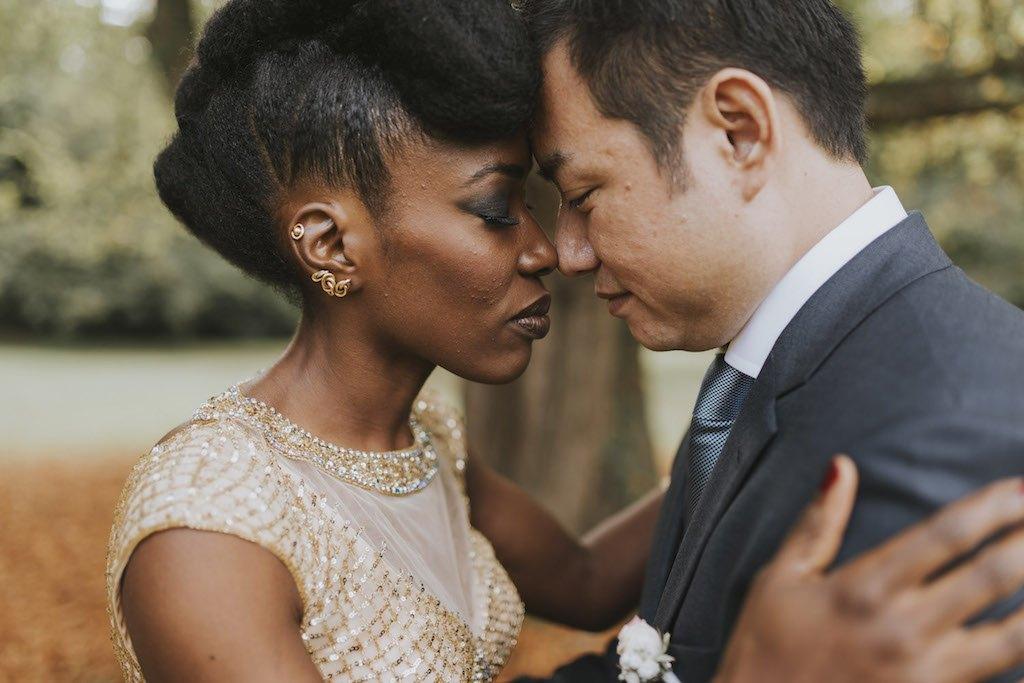 bride with a golden wedding dress 01236 SCM4875 - Maggy, La Novia con el Vestido Dorado