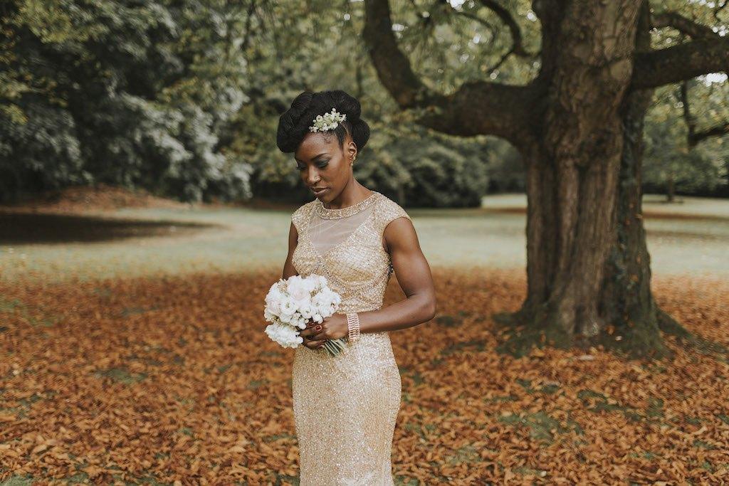 bride with a golden wedding dress 01251 SCM4915 - Maggy, La Novia con el Vestido Dorado