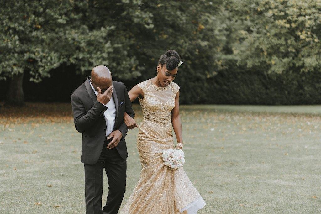 bride with a golden wedding dress 01302 SCM5038 - Maggy, La Novia con el Vestido Dorado