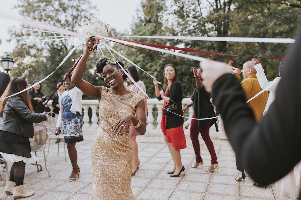 bride with a golden wedding dress 01628 SCM6226 - Maggy, La Novia con el Vestido Dorado