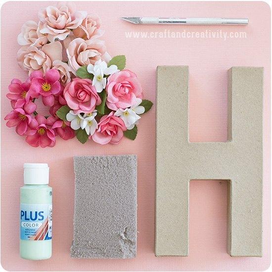 materiales para hacer letras de cartos decorados con flores