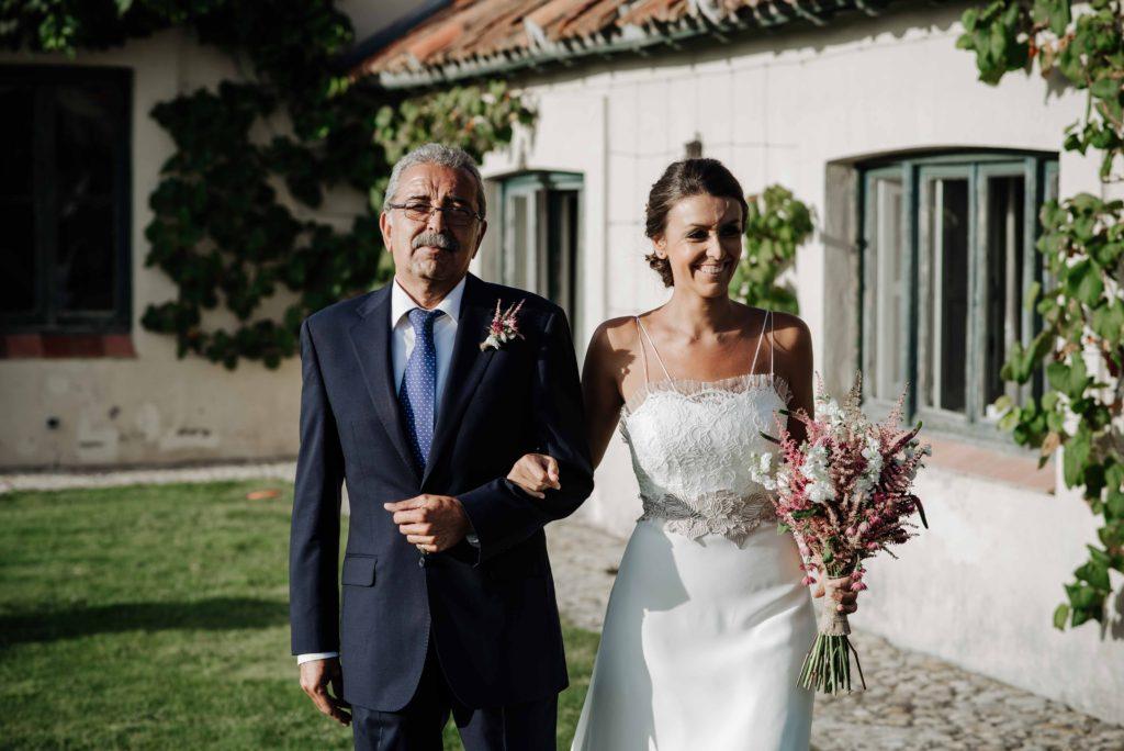 boda rustica con mascota 20 - Boda Campestre de Ainhoa y Adolfo con su Mascota