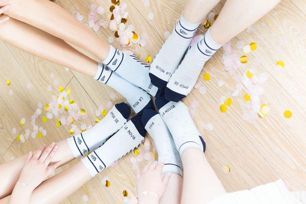 detalles originales para bodas calcetines