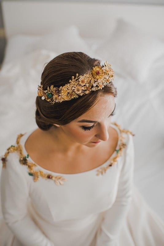 pyd boda adelanto 023 - Paloma y su Falda de Plumas de Colores
