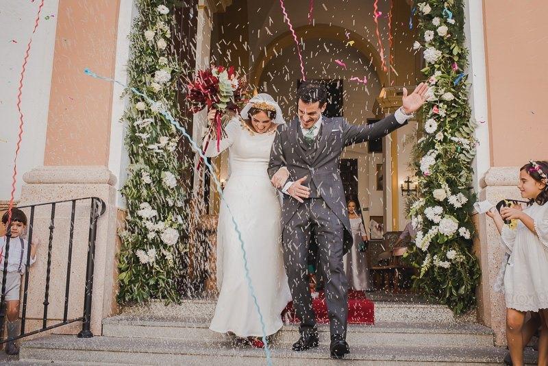 pyd boda adelanto 080 - Paloma y su Falda de Plumas de Colores