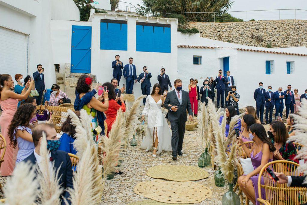 """Bodacovid en la playa en Alicante 13 - La """"BodaCovid Playera"""" de Paula y Damian"""