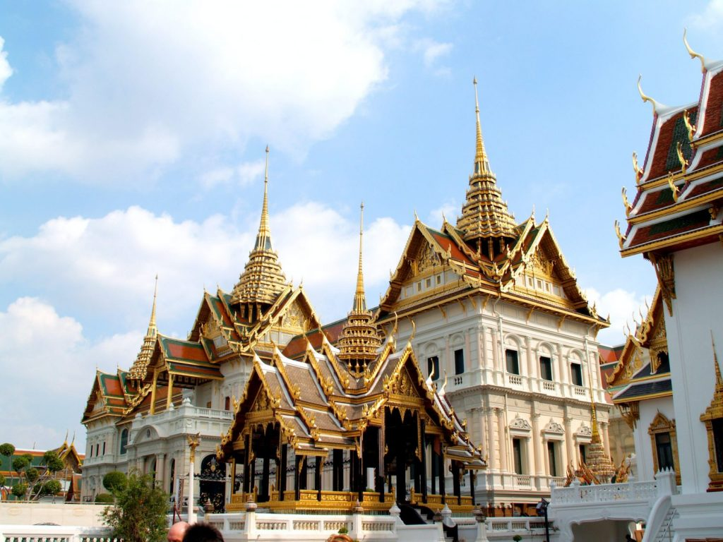 Templo del buda Esmeralda viaje Tailandia - Organiza tu Viaje a Tailandia con esta Guía: Qué Ver, Qué Hacer y Qué Comer