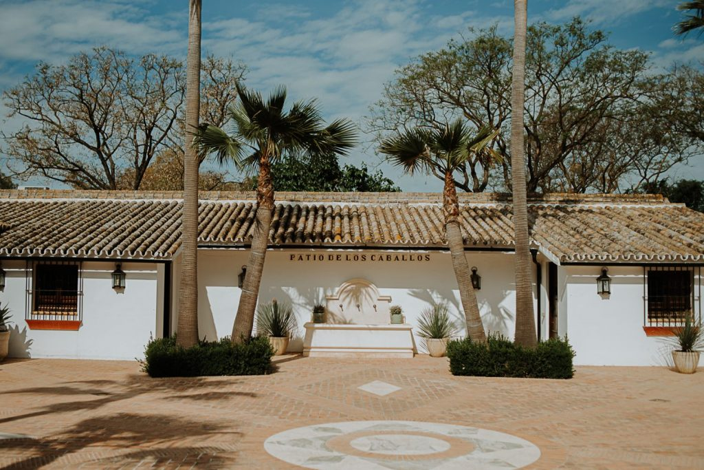 inspiracion boda tradicional andaluza 4 - Raíces: Inspiración para una Boda Tradicional Andaluza