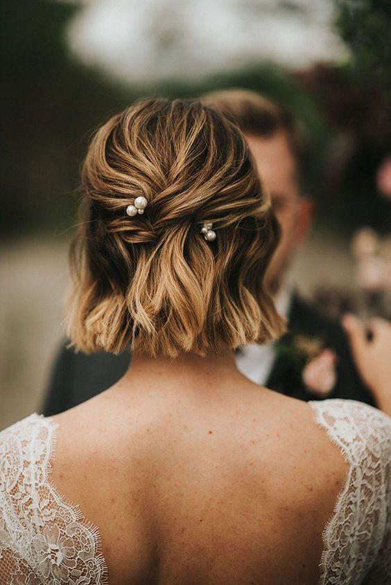 peinados para bodas semirecogidos 2 - Los Peinados de Novia más de Moda de este Año