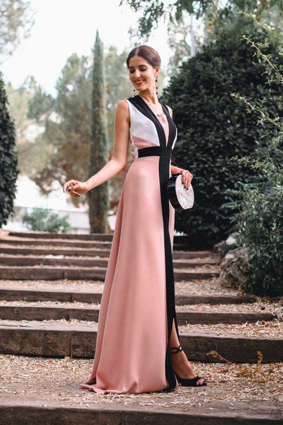 Look invitada inspirada en diana de gales blanco y rosa - 5 Looks para Invitadas de Bodas Inspirados en Diana de Gales