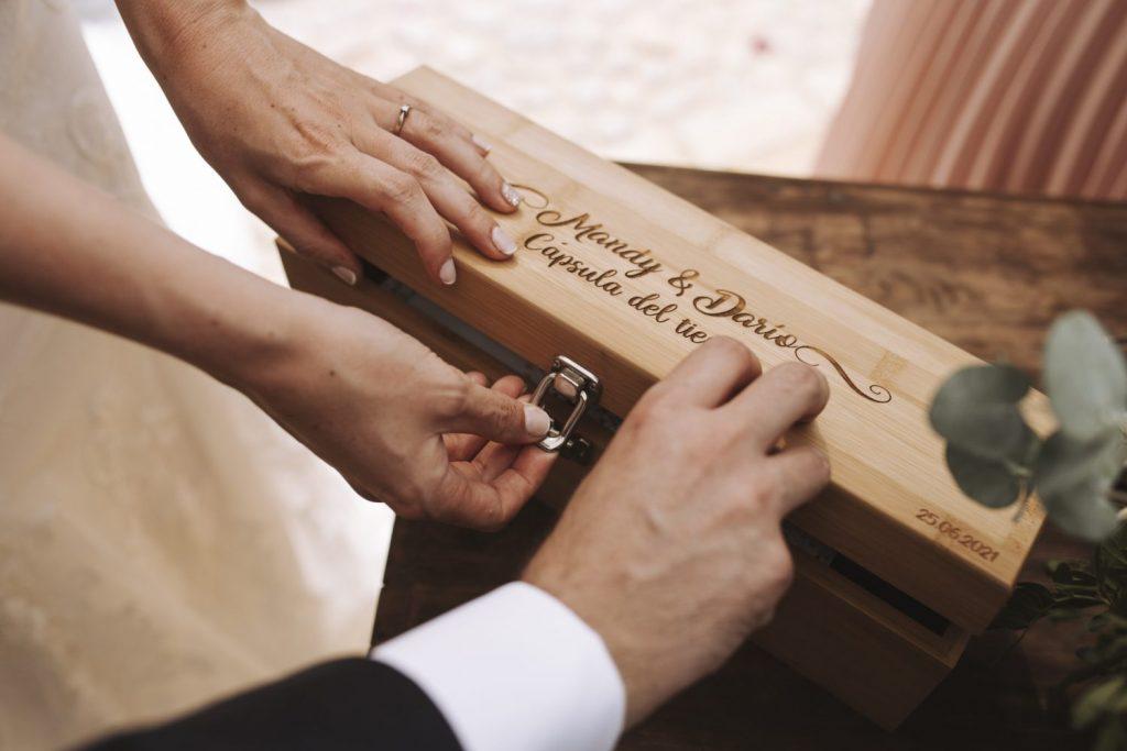 capsula del tiempo para bodas